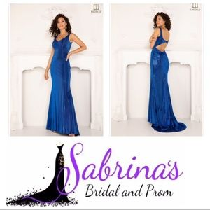 Lucci Lu    Style 1159   Size 2   Midnight Blue